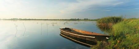 Boot op meer Royalty-vrije Stock Foto