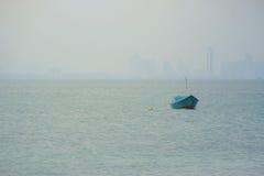 Boot op overzees Stock Afbeelding