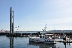 Boot am Pier stockfotografie