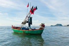 Boot und Berg Lizenzfreies Stockfoto