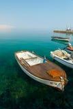 Boot und das Meer. Lizenzfreie Stockfotos
