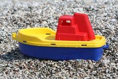 Boot und Kiesel Lizenzfreie Stockfotos