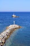 Boot und Leuchtfeuer Stockfoto