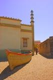 Boot und Minarett Stockbild