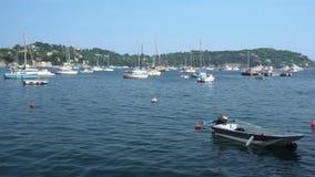 Boot und Yachten im Villefranche-sur-Mer stock video footage