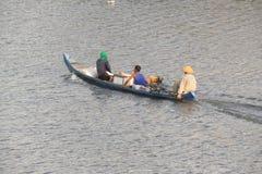 Boot visserij stock afbeelding