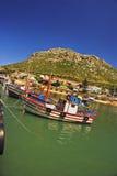 Boote angekoppelt im falschen Schacht lizenzfreies stockfoto