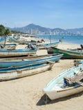 Boote auf Acapulco-Ufer Lizenzfreies Stockfoto