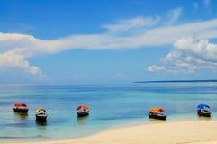 Boote auf Chumbe-Insel stockfotos