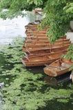 Boote auf dem Fluss, Großbritannien Lizenzfreies Stockfoto