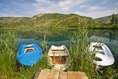 Boote auf dem Flusskanal Stockbilder