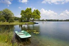 Boote auf dem See Stockbild