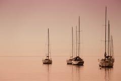Boote auf dem See lizenzfreies stockfoto