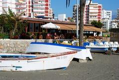 Boote auf dem Strand, Torre Del Mar Lizenzfreie Stockbilder