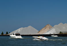Boote auf dem Wasser Lizenzfreies Stockbild