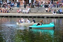 Boote auf Fluss Dee, Chester Lizenzfreie Stockfotos