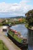 Boote auf Lancaster-Kanal in Hest-Bank, Lancashire Lizenzfreie Stockfotos