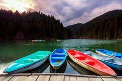Boote auf See Stockfotografie