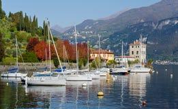 Boote auf See Como lizenzfreie stockfotografie