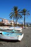 Boote auf Strand Torre Del Mar, Spanien Lizenzfreies Stockbild