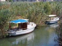 Boote auf Vogelparadies Lizenzfreie Stockfotos