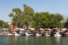 Boote in Dalyan-Fluss Lizenzfreies Stockfoto