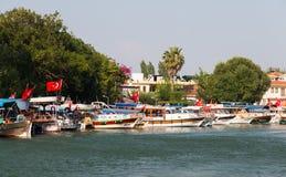 Boote in Dalyan-Fluss Lizenzfreies Stockbild