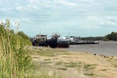 Boote in den Dockageanlagen Lizenzfreies Stockfoto