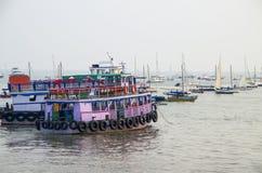 Boote des Bootes und der Yacht Stockfotografie