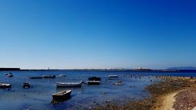 Boote in einer geschützten Bucht Stockbilder