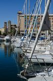 Boote festgemacht am Dock lizenzfreies stockfoto