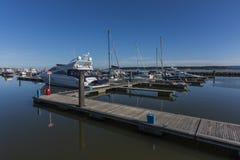 Boote festgemacht in Poole Quay Lizenzfreie Stockbilder