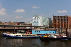 Boote Hamburgs Baumwall Lizenzfreies Stockfoto