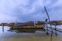 Boote im Fluss Lizenzfreies Stockbild