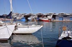 Boote im Hafen von Dieppe in Frankreich Lizenzfreie Stockfotos
