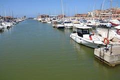 Boote im Jachthafen lizenzfreie stockfotografie