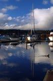 Boote im Jachthafen Stockbild