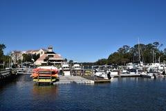 Boote im Jachthafen bei Hilton Head South Carolina stockbild