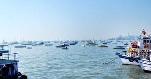 Boote im Meer Lizenzfreie Stockfotografie