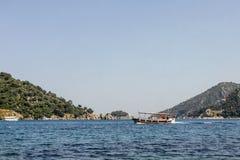 Boote im Meer Stockbilder