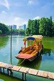 Boote im Wasser des Litschis bellen, südlich von China Lizenzfreies Stockfoto