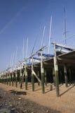 Boote im Winterspeicher in Leigh-auf-Meer, Essex, England Lizenzfreie Stockfotografie