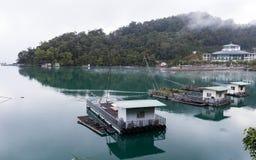Boote an Ita Thao-Pier Lizenzfreie Stockfotografie