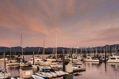Boote am Jachthafen Lizenzfreies Stockfoto