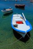 Boote nähern sich Ouranopolis, Chalkidiki, Griechenland Lizenzfreies Stockfoto