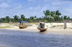 Boote Pititinga (RN, Brasilien) auf dem Strand Stockbild