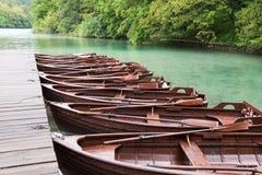 Boote in Plitvice Lizenzfreie Stockfotografie