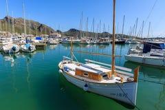 Boote in Pollenca-Hafen auf Majorca-Insel, Spanien Lizenzfreies Stockbild