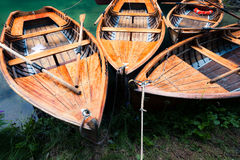 Boote am See Stockfoto