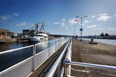 Boote, welche die Verriegelungen kommen Stockbild
